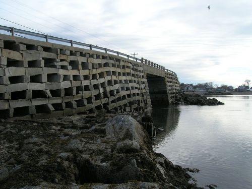 cribstone bridge ocean