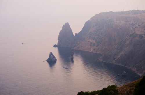 crimea sea mountains