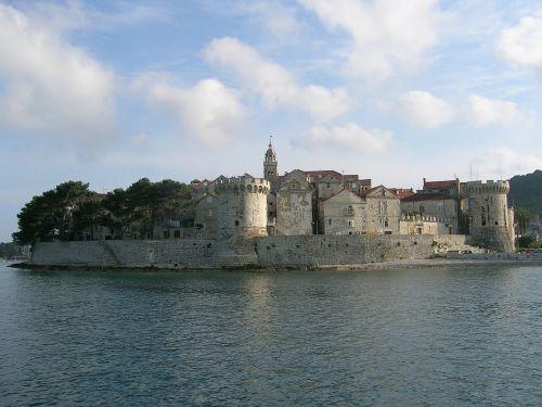 croatia monuments sea