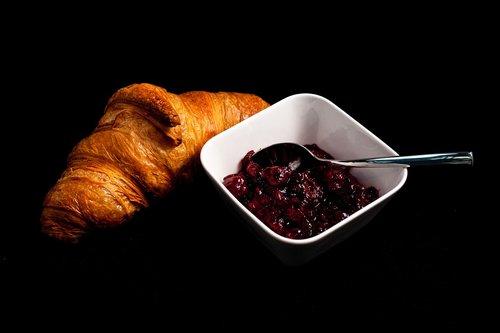 croissant  the croissant  breakfast
