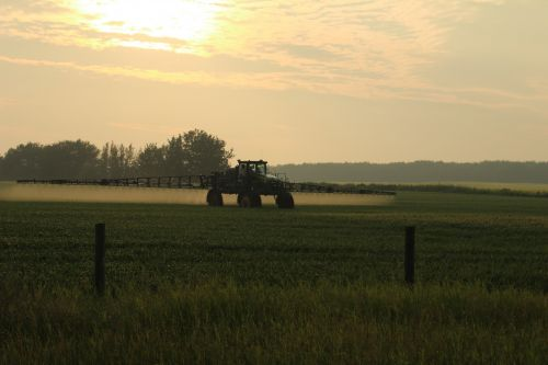 Crop Sprayer Tractor