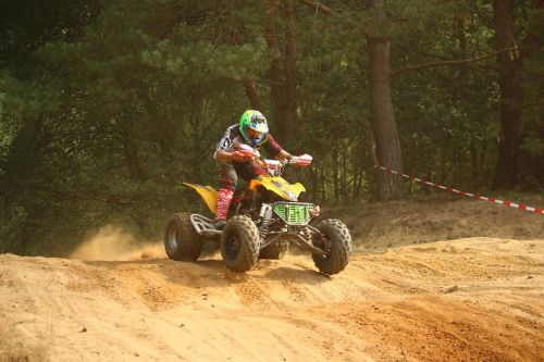 kirsti,quad,ATV,enduro,motokroso,smėlis,motorsportas,motokroso važiavimas,lenktynės,motociklas,lenktynės,visureigė transporto priemonė,motociklų sportas,šokinėti,Quad race