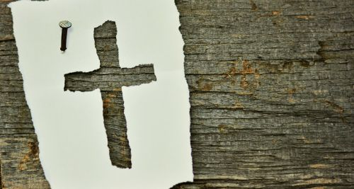 cross nail symbol