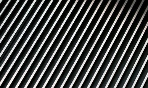cross line diagonal