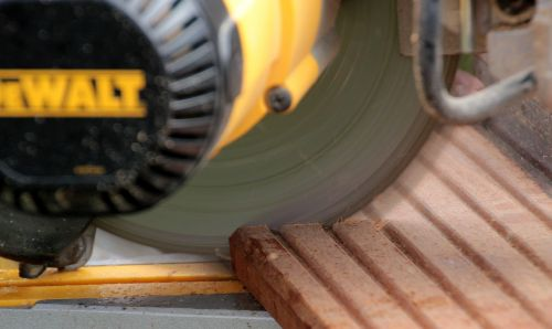 crosscut saw craftsmen plug the saw