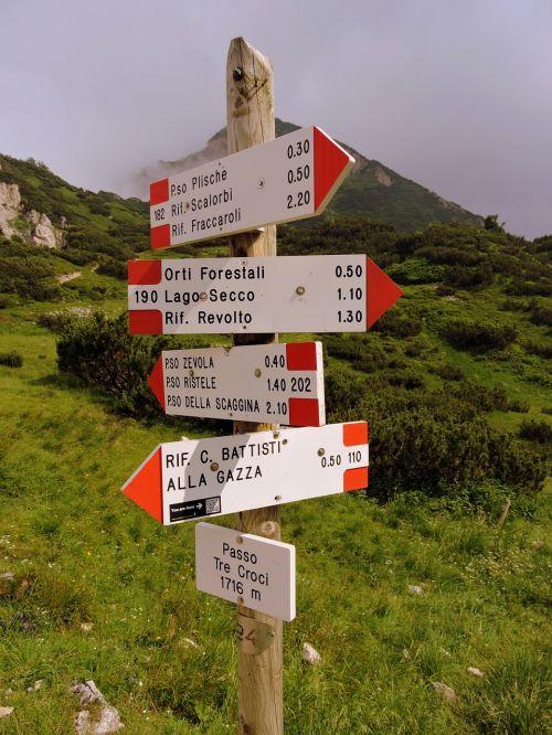 crossroads trail cartel