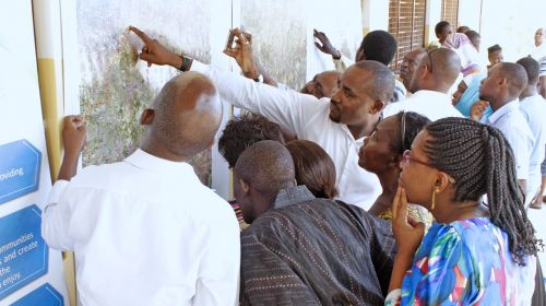 crowd meeting people