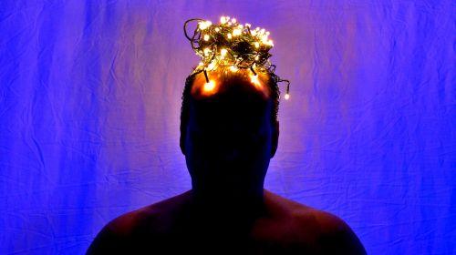 crown crowned uv