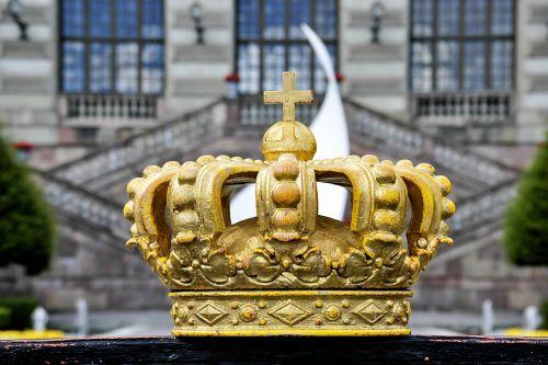 crown doré portal