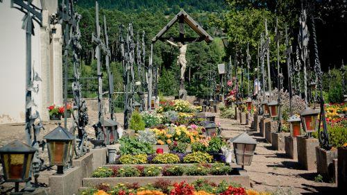 crucifix cemetery graves
