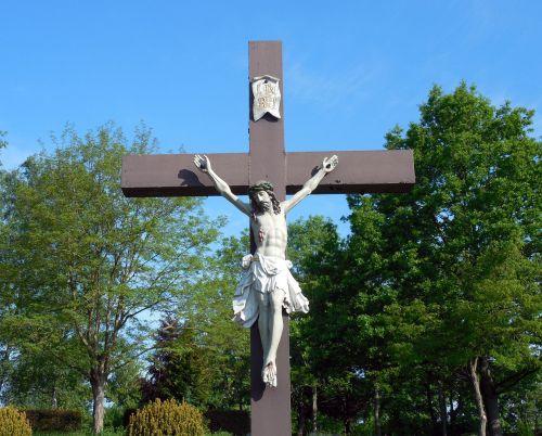 crucifix religion cross