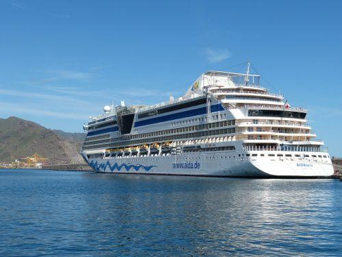 cruise cruise ship ship
