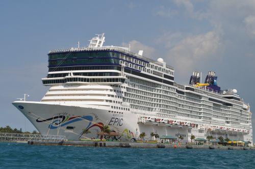 cruise ship holidays cruise