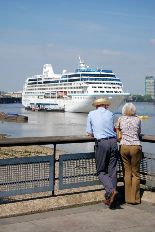 cruise liner tourism