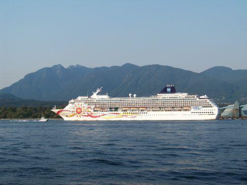 cruise cruise ship norwegian cruise