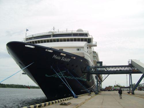 cruise ship cruise my ship