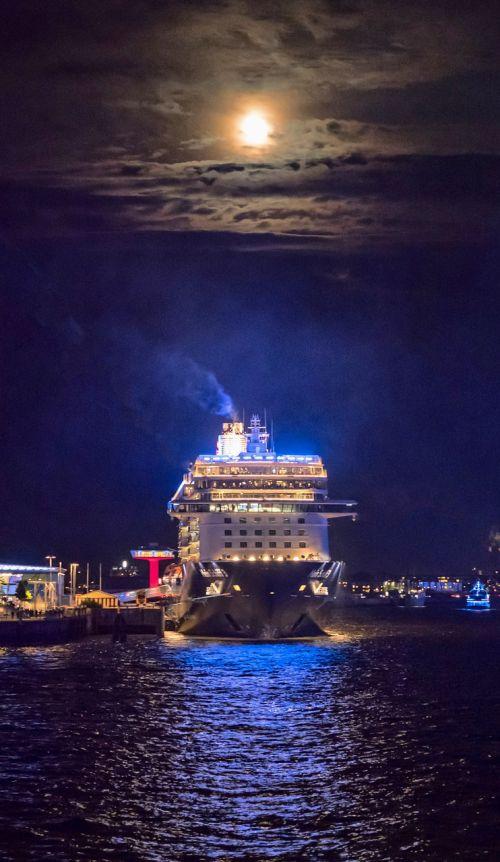 cruise ship port night