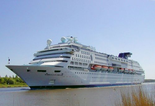 cruise ship ship shipping