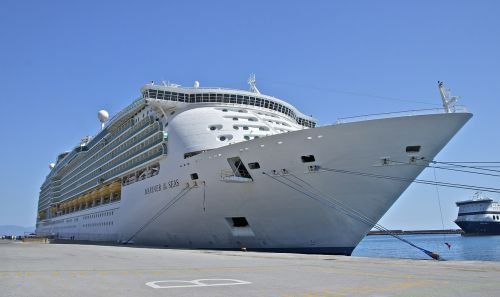 cruise ship mariner of the seas ship