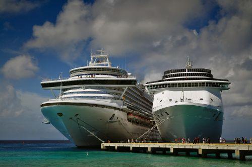 cruise ships caribbean travel