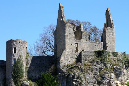 crumbling castle berry france france castle ruins angles sur l'anglin