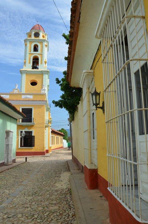 cuba  street  colors