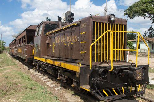 cuba train loco