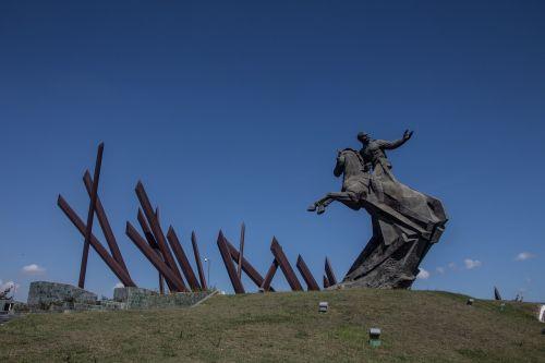 cuba monument held