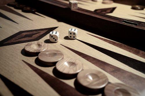 cube  backgammon  strategy
