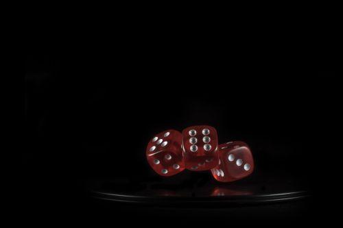 cube gambling play