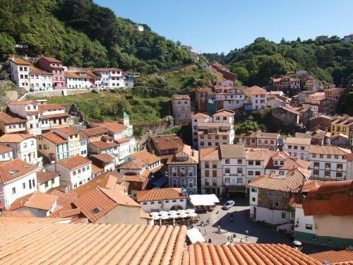 cudillero people asturias