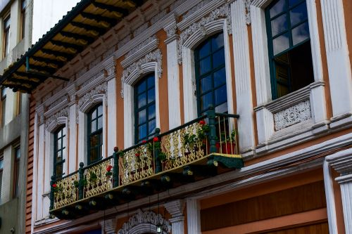 cuenca ecuador architecture window