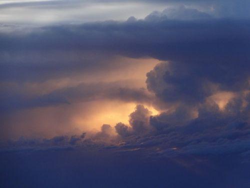 cumulonimbus storm sunset