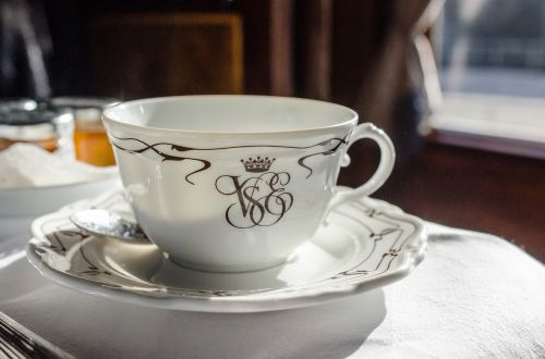 cup saucer spoon