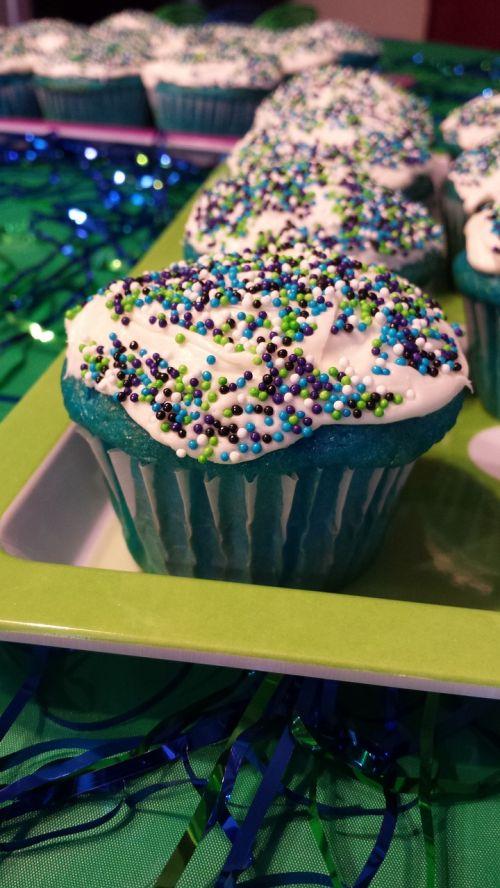 cupcake party festive