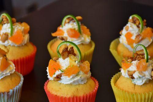 cupcake muffin cake