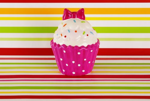 cupcake,keramika,spalvinga,juokinga,kilpa,apdaila,trapi