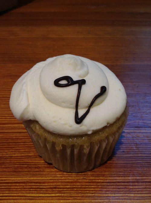 cupcake vanilla vegan