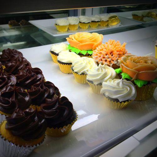 cupcake sweets dessert