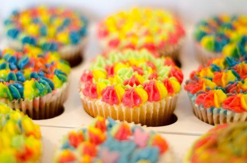cupcake baking dessert