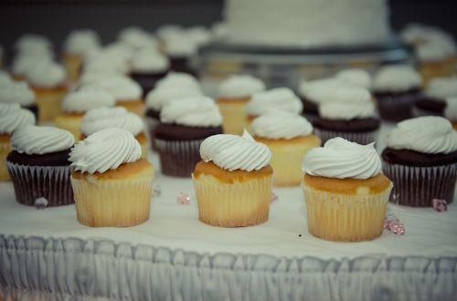 cupcakes desserts vanilla