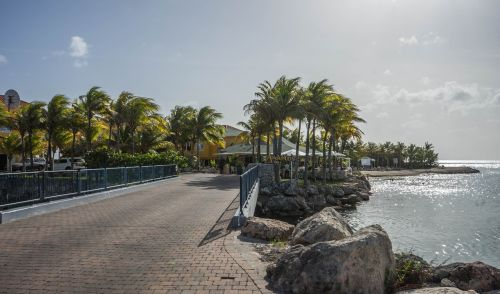 curacao bridge lagoon