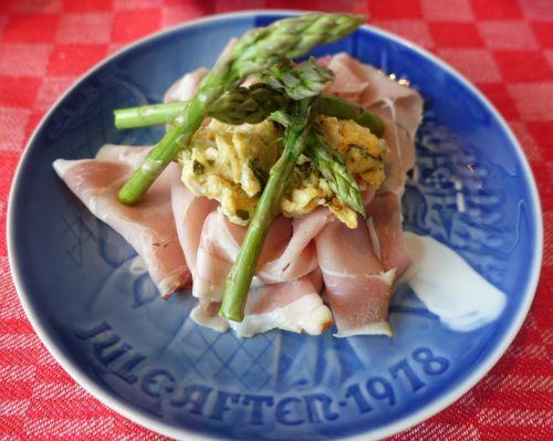 cured ham asparagus green asparagus