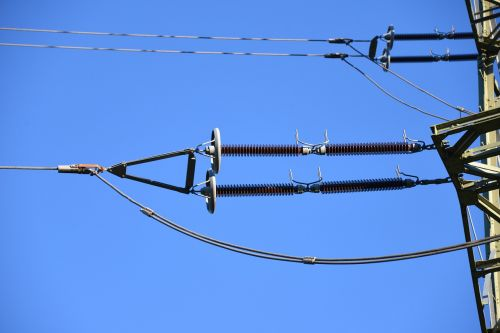 current strommast power line