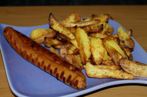 currywurst potato wedges eat