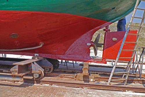cutter hull rear