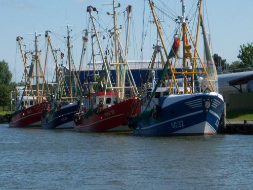 cutter fischer fishing vessel