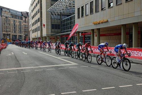 cyclassics  cycling races  hamburg