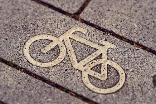 cycle path  cycling  bicycle path
