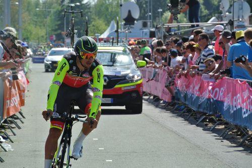giro d'italia cycling contest